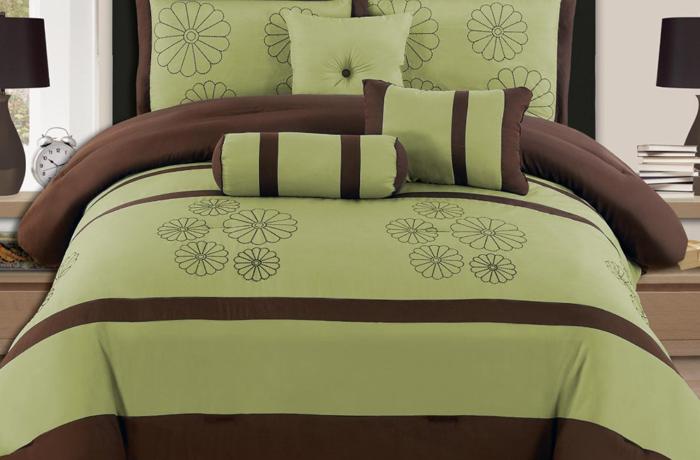 Роскошные одеяла для кровати