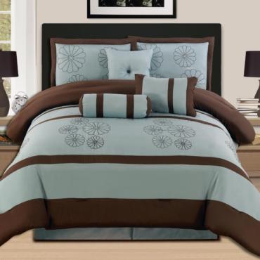 7 Pieces Luxury Embroidery Comforter Set