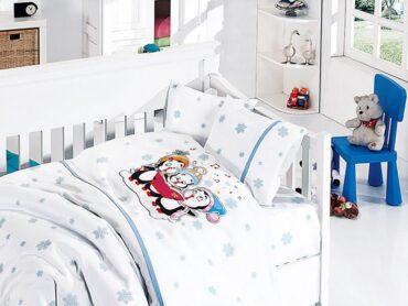 """Детский постельный набор в кроватку """"Penguins Blue"""" Bamboo :: First Choice"""